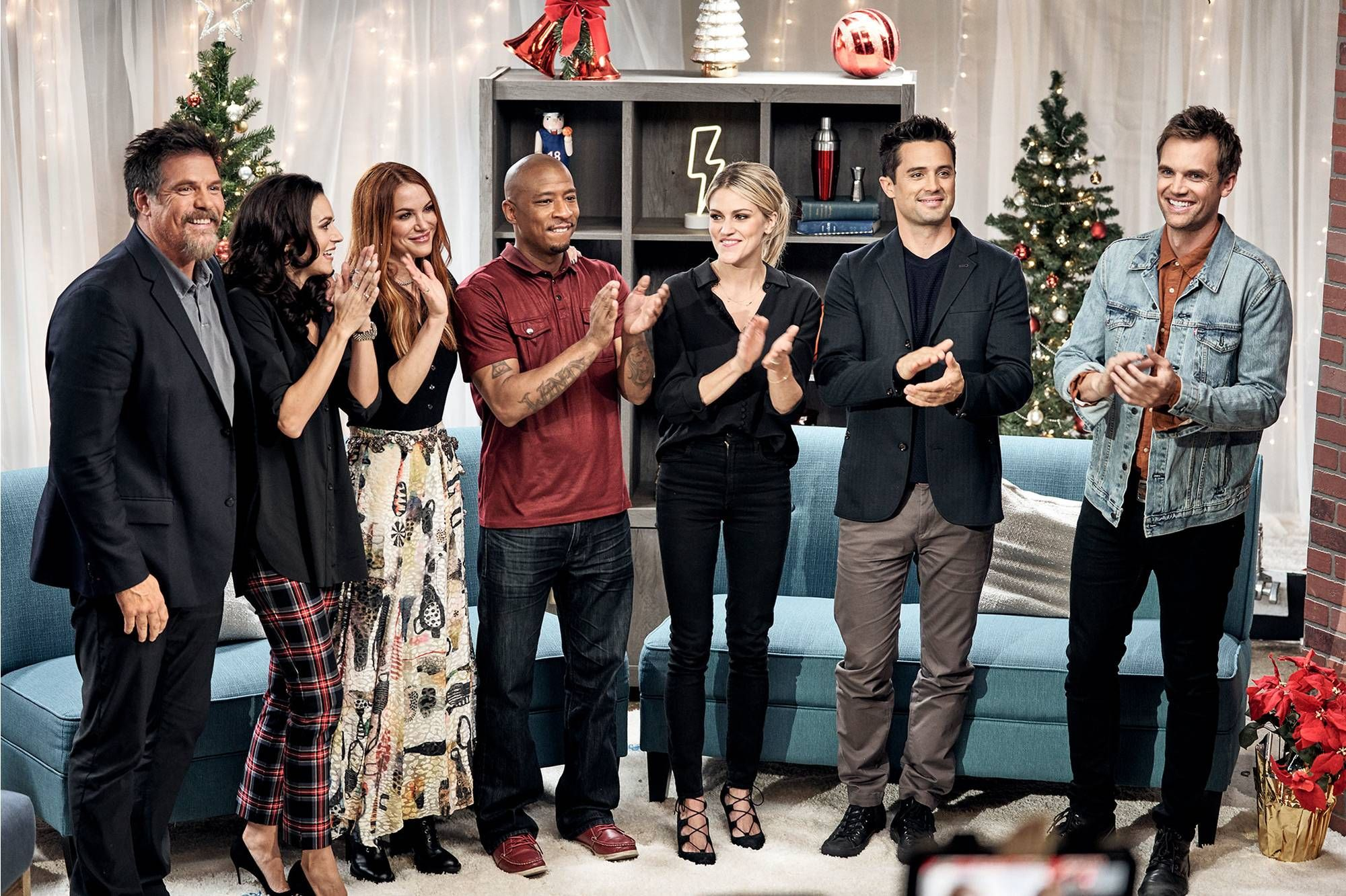 The Christmas Contract 2020 Cast One Tree Hill Cast on Reuniting in Lifetime's The Christmas