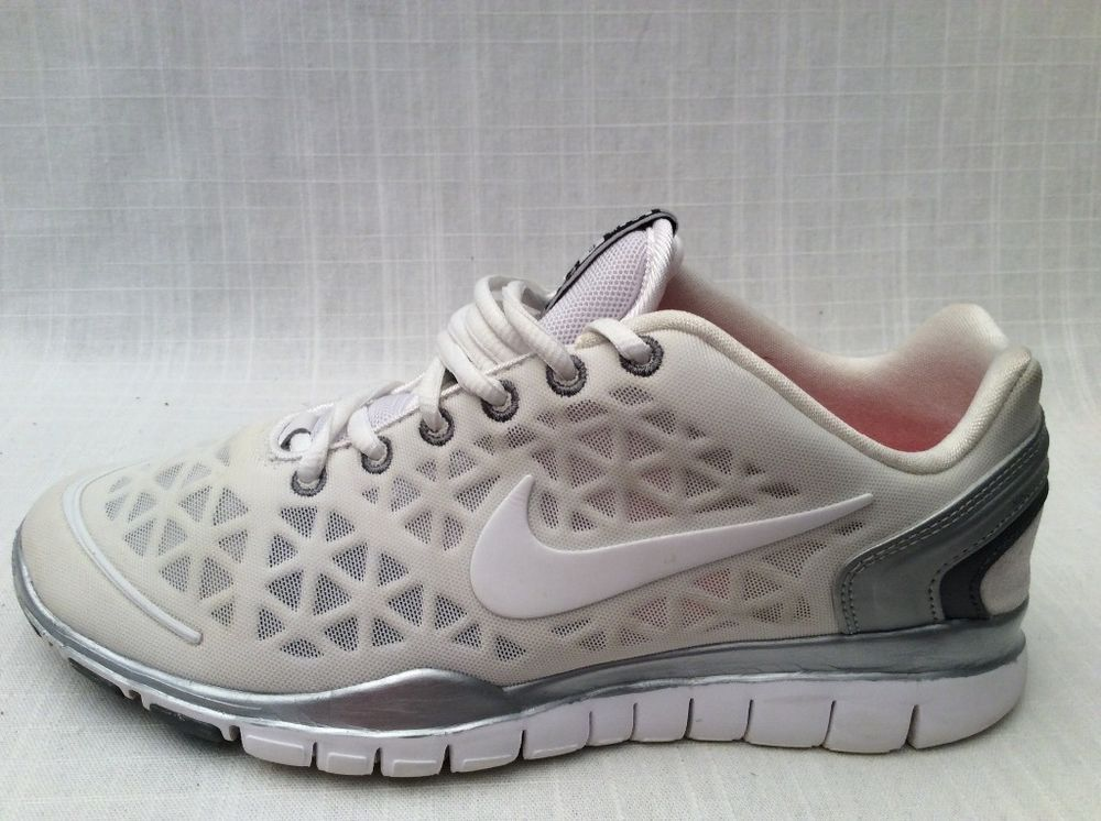 Woman Nike White Silver Tennis Shoes Size 7.5