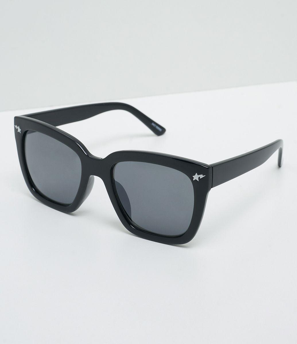 697d86f0a7c85 Óculos de sol Modelo quadrado Hastes em acetato Lentes fumê total Proteção  contra raios UVA