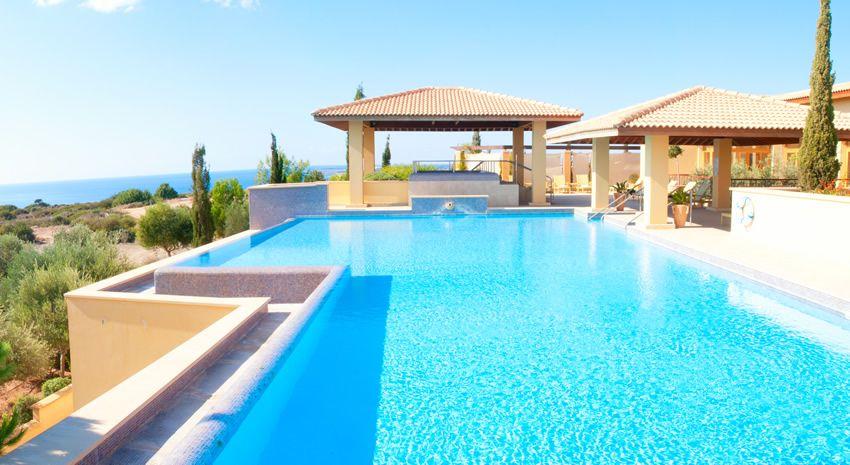 50 Luxury Swimming Pool Designs Luxury Swimming Pools Swimming Pool Designs Pool Designs