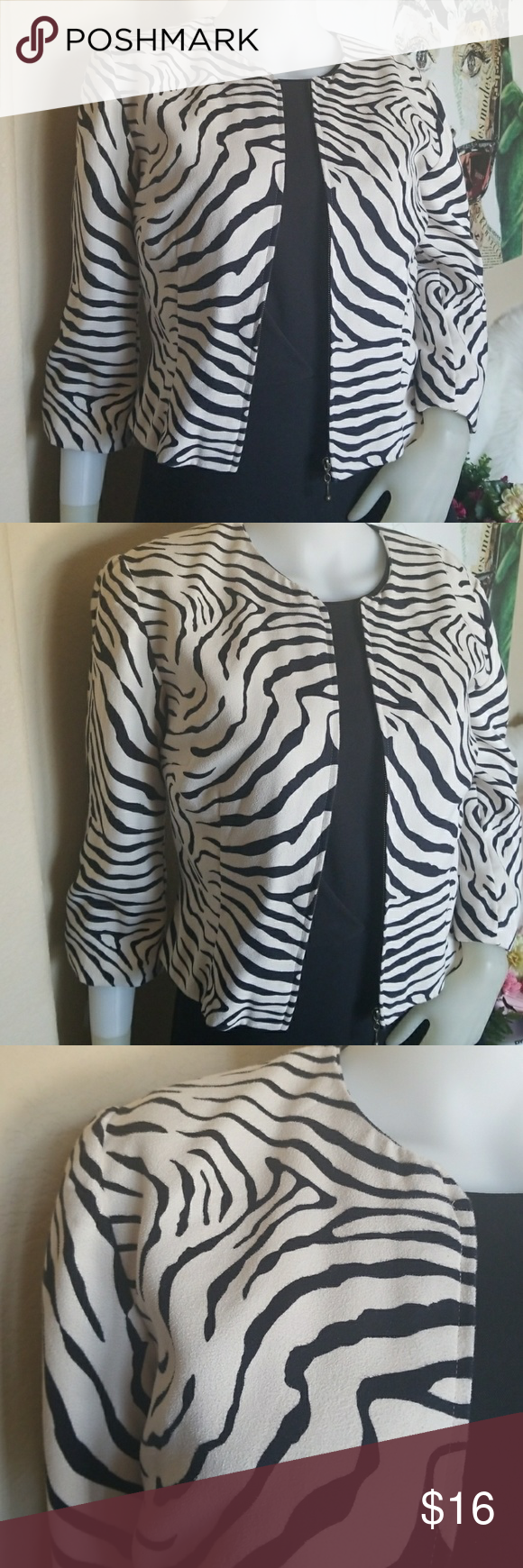 b035d127b8379 Donna Morgan Blazer Black White Print Size 8 Size 8 Zipper Closure Good  Used Condition Donna Morgan Jackets & Coats Blazers