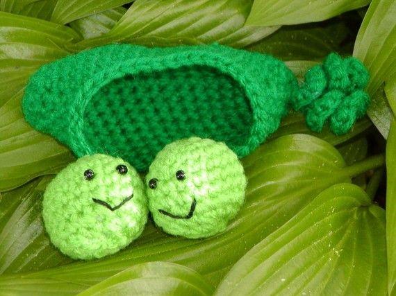 Crocheted Amigurumi 2 Peas in a Pod----PDF--PATTERN