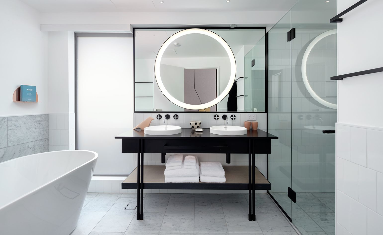 QT — Queenstown, New Zealand   Bathroom design inspiration ...