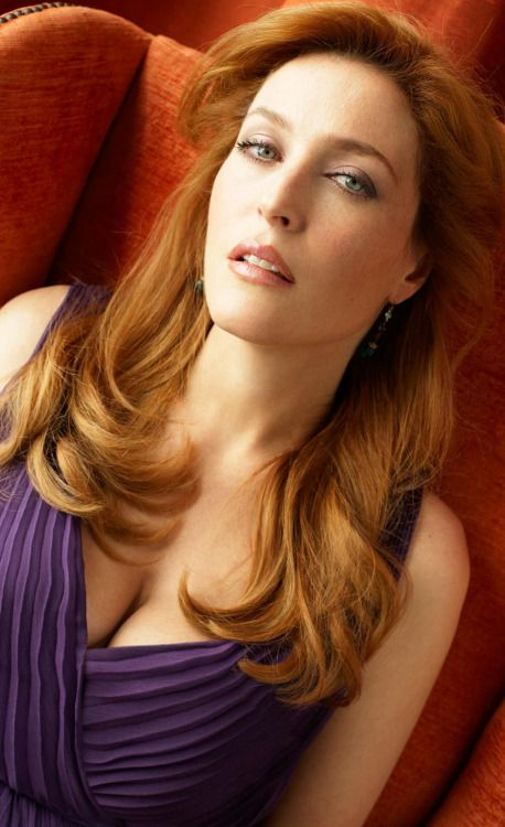 Gillian Anderson offering up a lovely view of her... | Celebrity Cleavage in Plunging Revealing Fashion