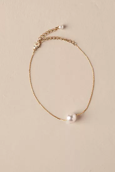 15 Minimalist Ways to Wear Pearl Jewelry in 2019