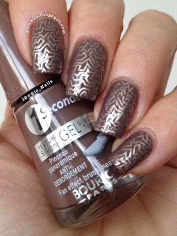 Subtle but stunning, check out these from gionails.blogspot.com using image plate LA08