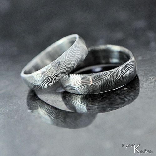 Custom Wedding Ring Hand Forged Stainless Damascus Steel Rocksteel 178 00 Via Etsy