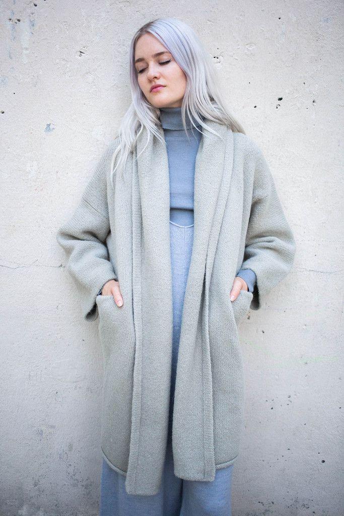 Lauren Manoogian Capote Coat in Cement