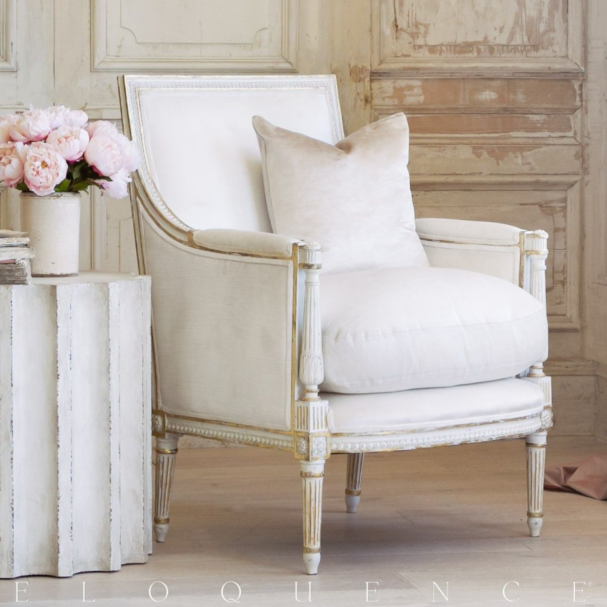 Eloquence minerva bergere in antique white with gold leaf - Ivory painted living room furniture ...