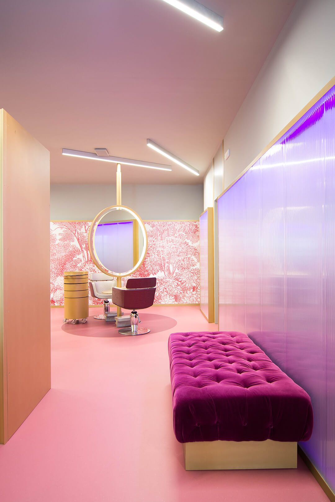 The hair salon 2.0 is designed for an experience Beauty