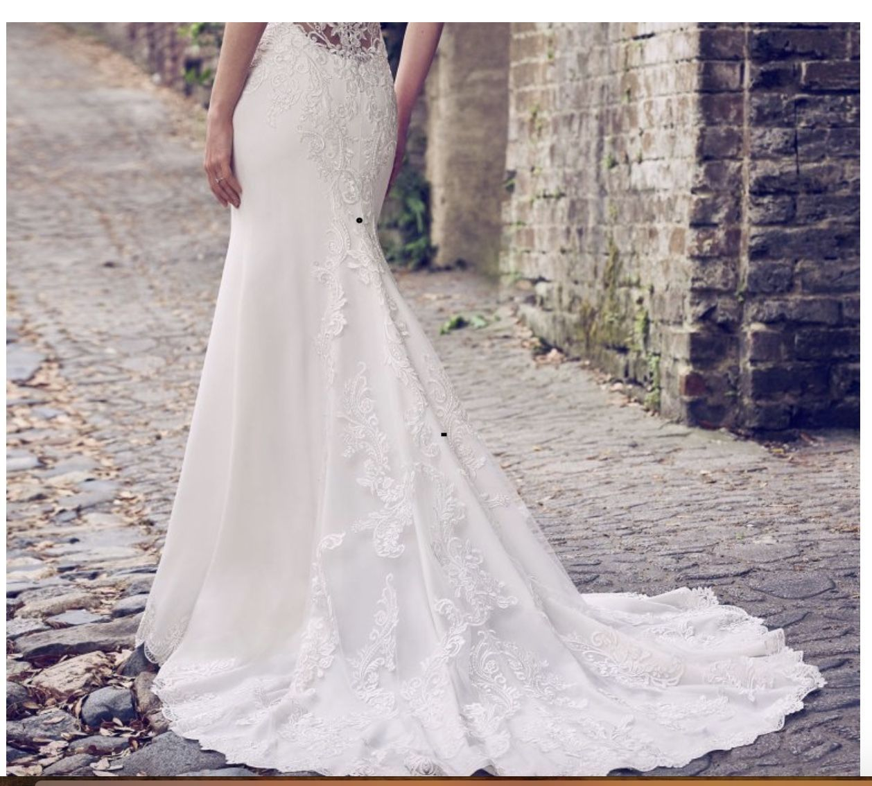 If You Are Wondering How To Bustle Or Hook Up Your Wedding Dress Train Then A Trainloop M Wedding Dress Train Bustle Wedding Dress Train Amazing Wedding Dress