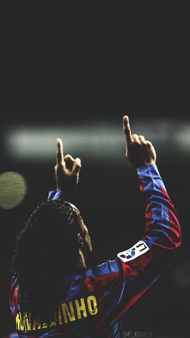 Ronaldinho dziękuje Bogu FC Barcelona #ronaldinho #pilkanozna #piłkanożna #futbol #sport #sports #football #soccer #barcelona #fcbarcelona