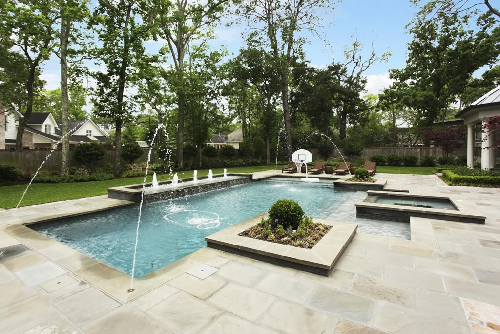 An Oasis In The Houston Heat 40 000 Gallon Salt Water Pool Completed 2017 Is 8 Ft Deep Heated Has A Pebble Tec Finish Features