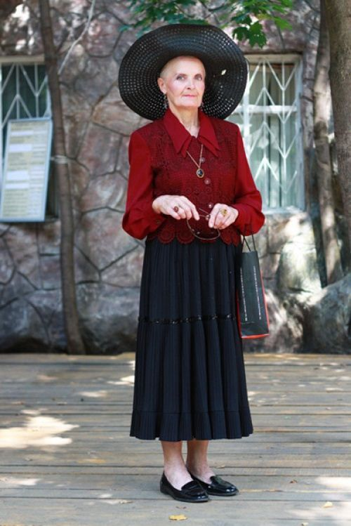 Simple Fashion Styleator With Fashion Style For Older Women With Old Women Street Style 2014