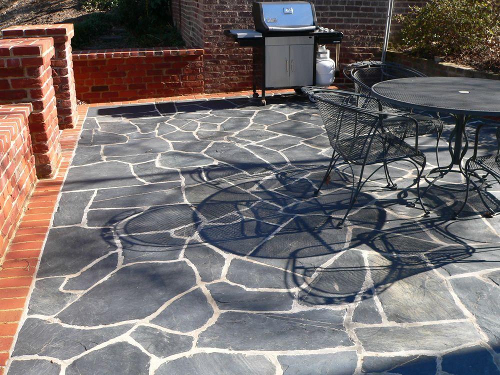 Granit Schiefer für stilvolle und dezente optik terrassenplatten aus schiefer