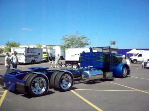 Have You Ever Seen A Convertible Semi Truck With Bags Carbuzz
