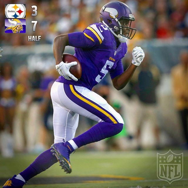 HALFTIME: @Steelers 3 @minnesotavikings 7   #PITvsMIN by nfl check out theleftbench.com! check out theleftbench.com for more sports!