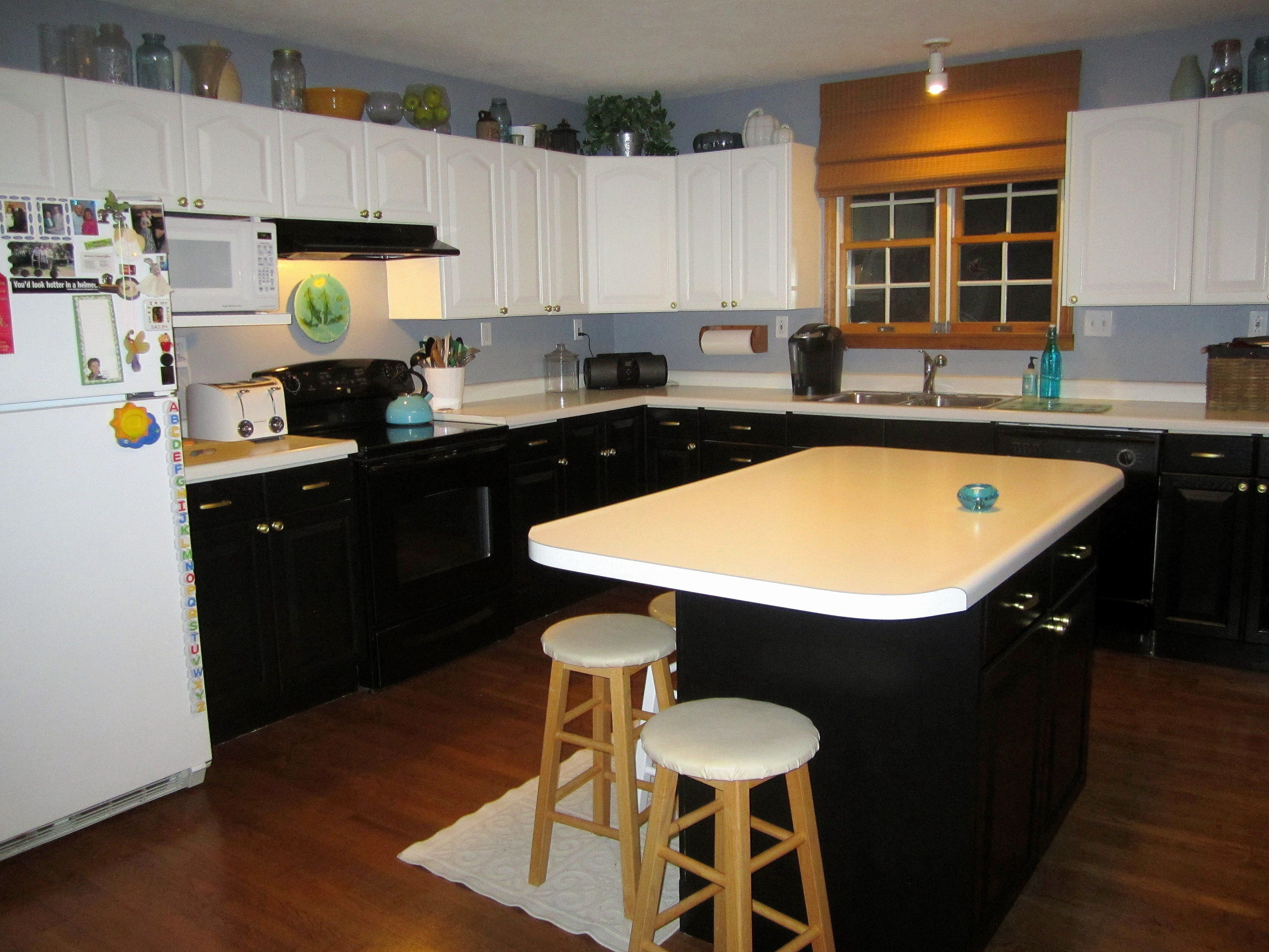 Stunning Kitchen Cabinet Ratings Luxury Kitchen Cabinets Kitchen Cabinets Small Kitchen Design Layout