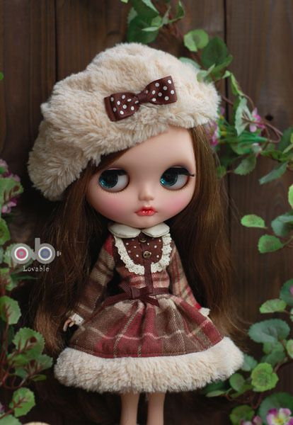 Lovable Fluffy Winter dress set for Kenner Blythe Pullip doll cloths outfits