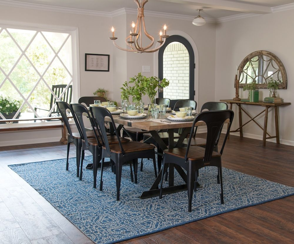 Fixer upper kitchen chairs - Fixer Upper Season 4 Episode 12 The Pocket Door House Chip And Joanna Gaines