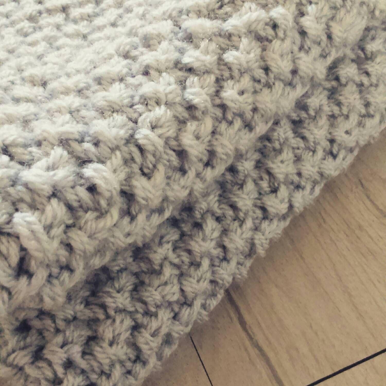 Handmade soft chunky knitted baby blanket | Blanket, Chunky blanket ...