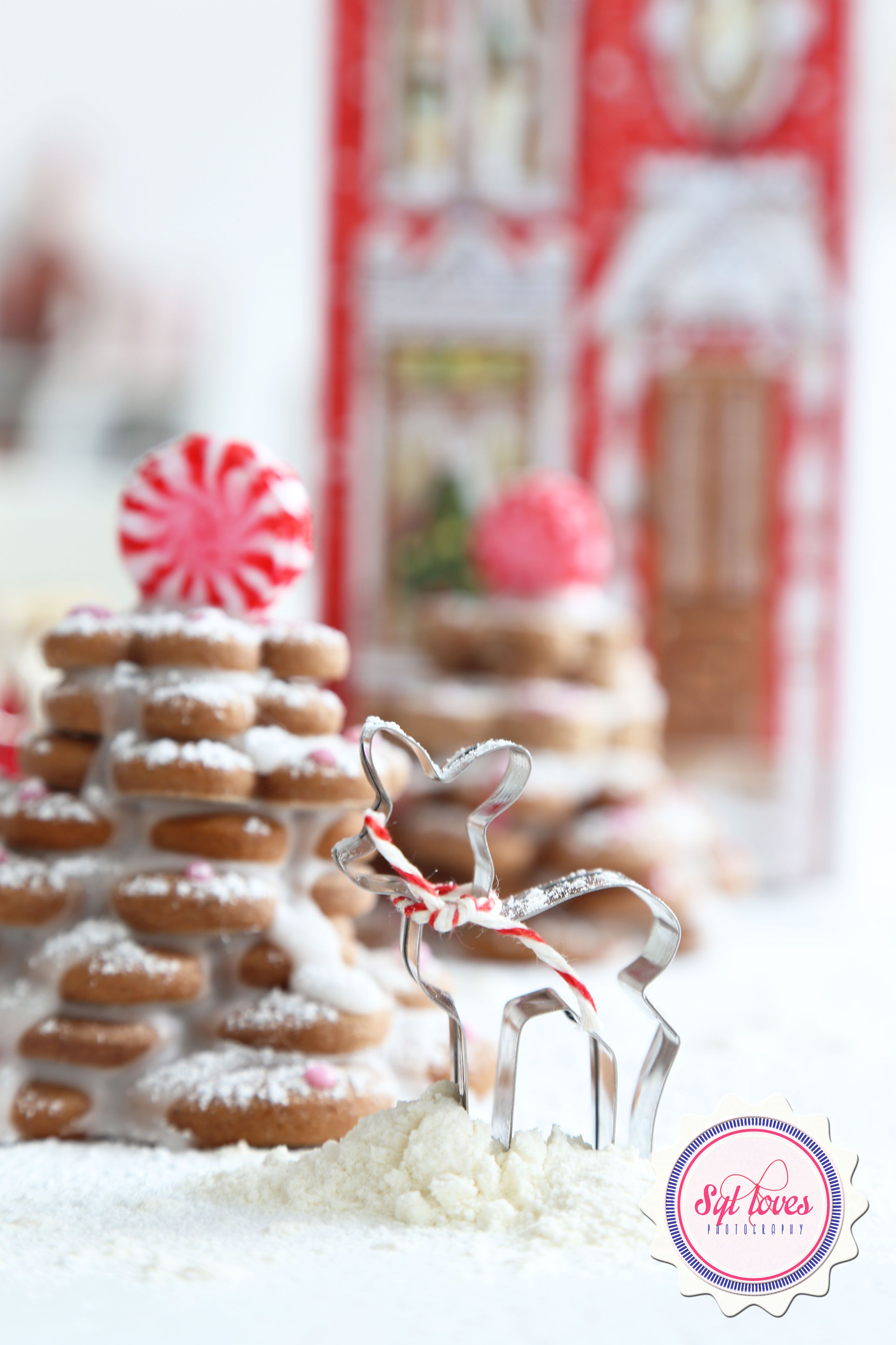 gingerbread, xmas, christmas, Syl loves, red white, holidays