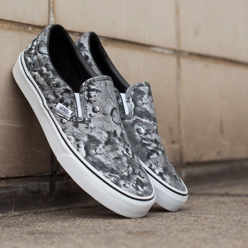Vans Classic Slip-On Moon Pewter/True White - Footshop
