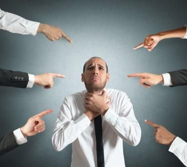 Sosyal Fobi ve Utangaçlık Nedir, Nasıl Yenilir?