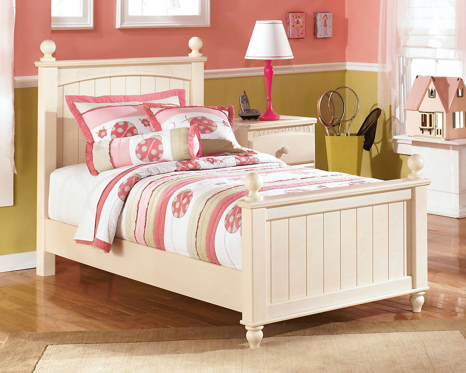 Best Cottage Style White Twin Bed Poster Frame And Nightstand 640 x 480