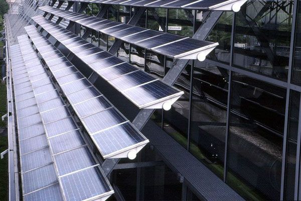 New Solar Thermal Flat Panels Are Eight Times More Efficient Than Existing Technology