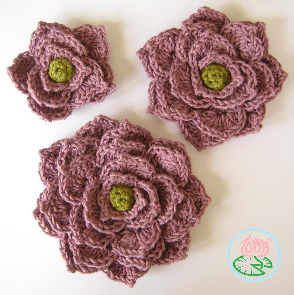 Crochet Flower Brooch   Blüten, Handarbeiten und Blumen