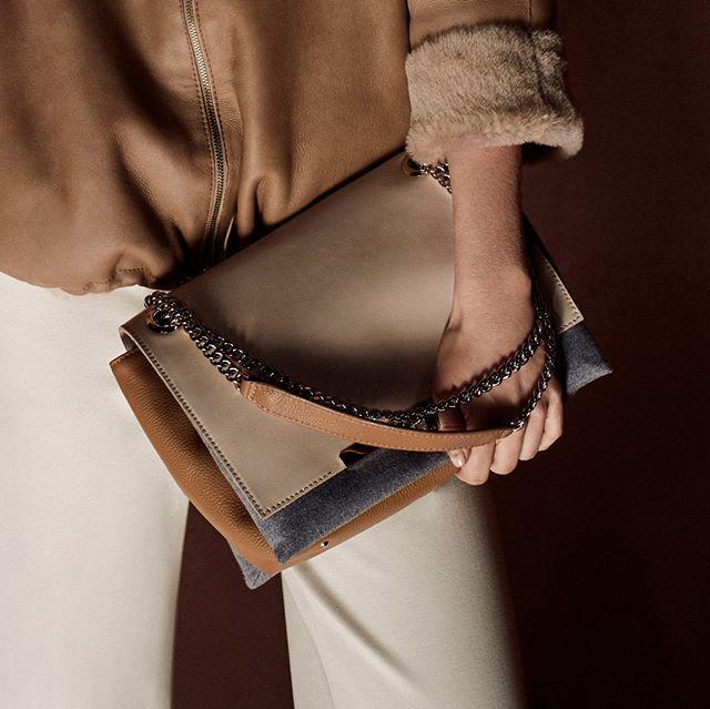 New #DolceVita, the perfect bag to match with #PGFall2016 #collection (Link in bio) ◻ Nuevo #DolceVita, el bolso perfecto para combinar con la colección #FallWinter1617 #PurificacionGarcia