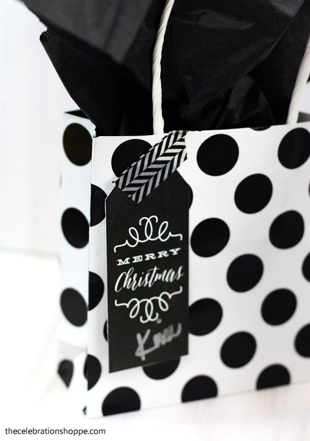 Black and White Christmas Gift Tags | TheCelebrationShoppe.com & black white u0026 red chalkboard Christmas gift tags free download ...