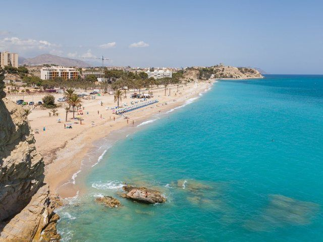 Playa Paraiso Villajoyosa Viajar Por España Mejores Playas Del Mundo España