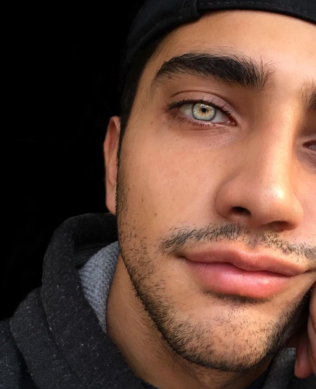 what eye color do guys like most