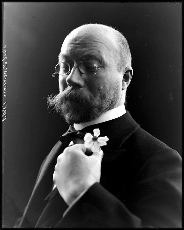 Portrait of Carl Larsson,1903 - Stockholm source