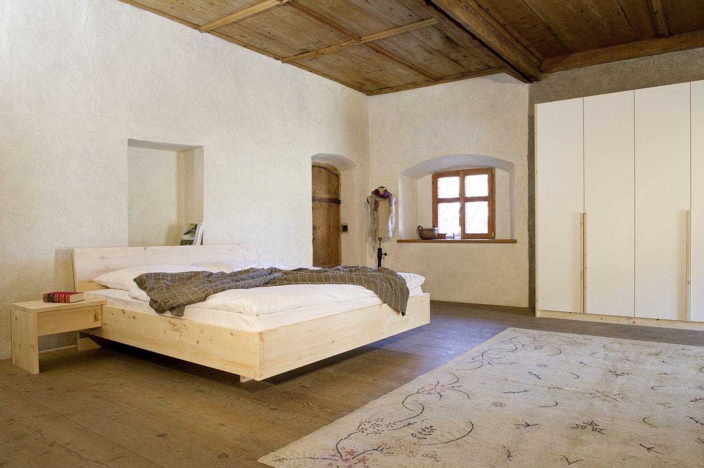 Zirbe Bett Kleiderschrank Massivholz Forcher Tirol Calm