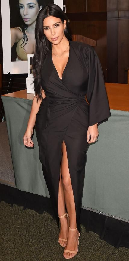 ea036a443f4 Kim Kardashian promoted her new book Selfish in an alluring one-sleeve