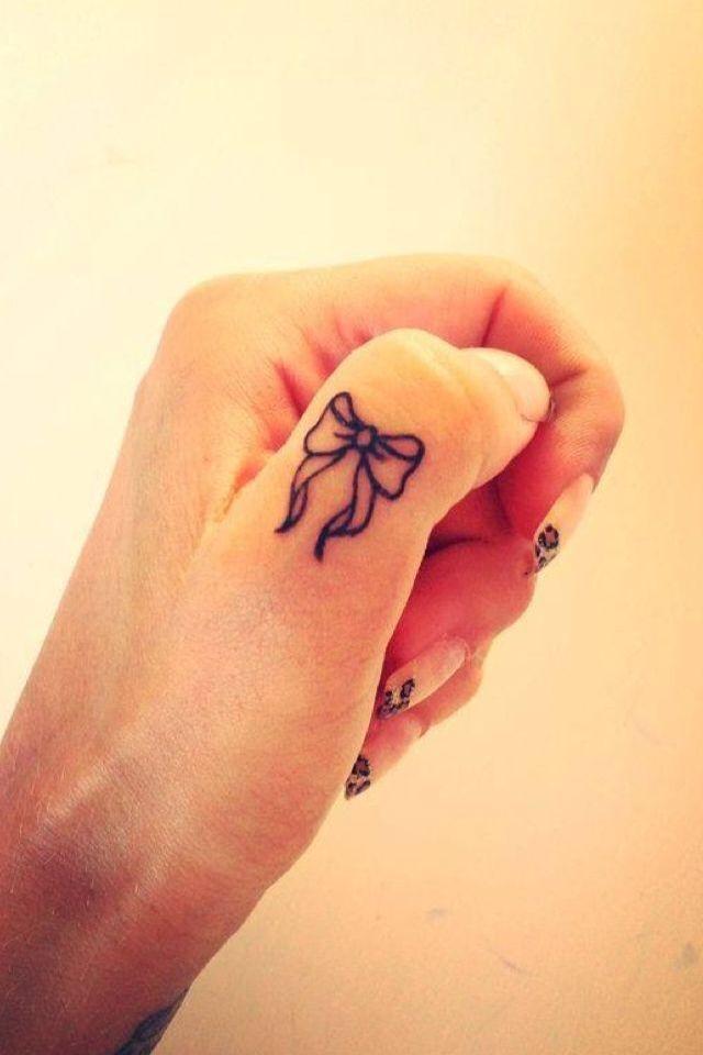 Best Friend Tattoo Tatuaggi Sulle Dita Tatuaggi Idee Per Tatuaggi