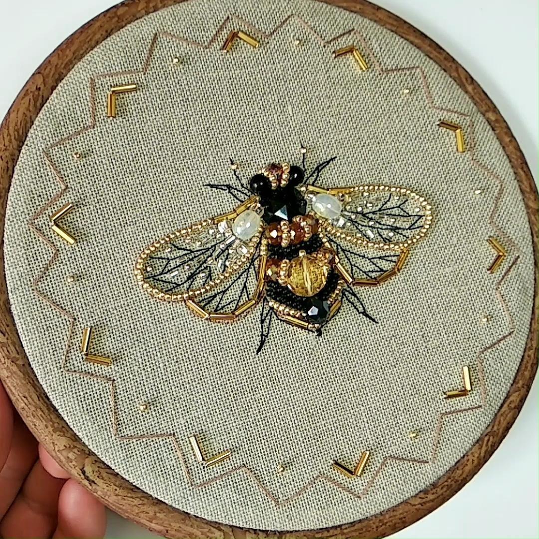Bee embroidery DIY, honey bee pattern, queen bee,