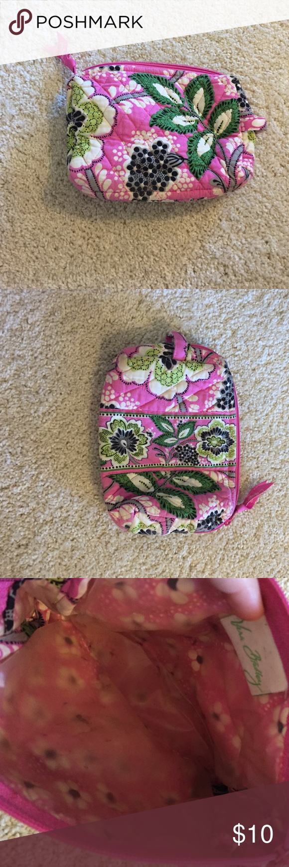 Small Vera Bradley Cosmetic Pouch Used but in great condition. Ask about my other items in this pattern Vera Bradley Bags Cosmetic Bags & Cases