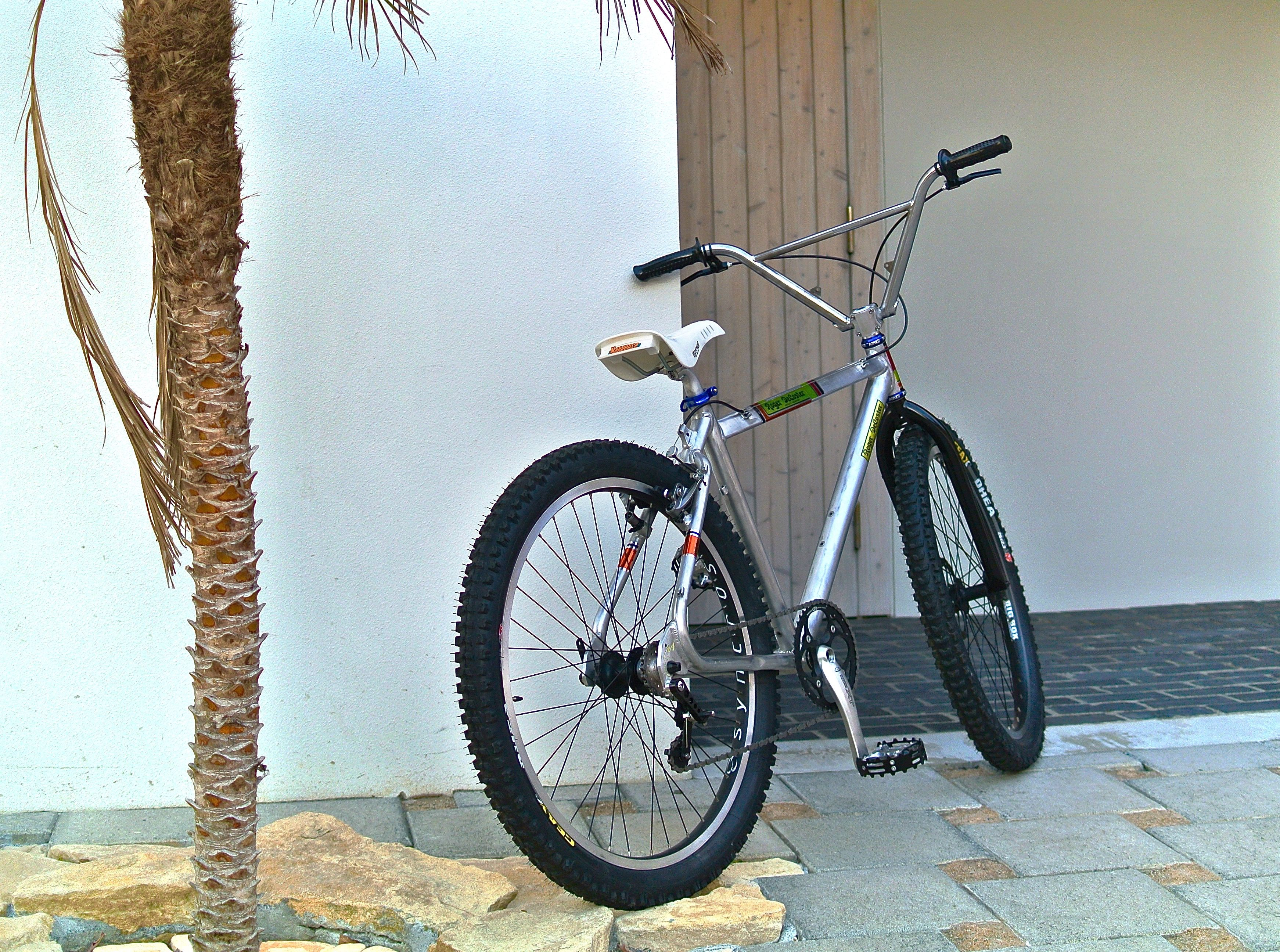 Mongoose Iboc By Unico Bikes 自転車 カスタム ピスト カスタム 自転車