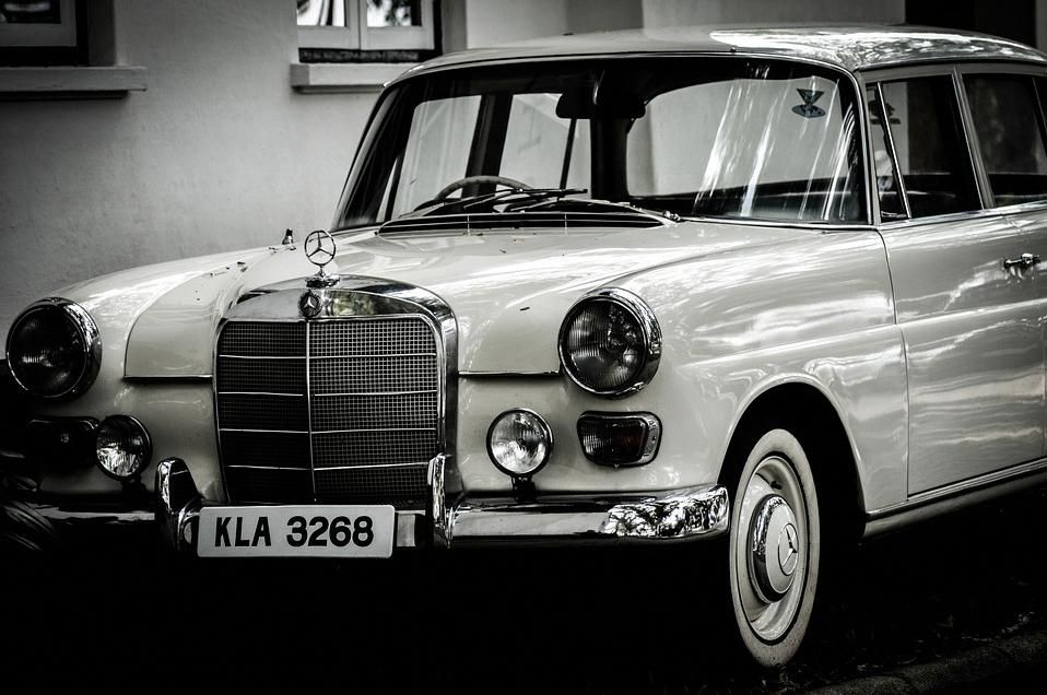What Defines A Classic Car Vintage Cars Classic Car Insurance