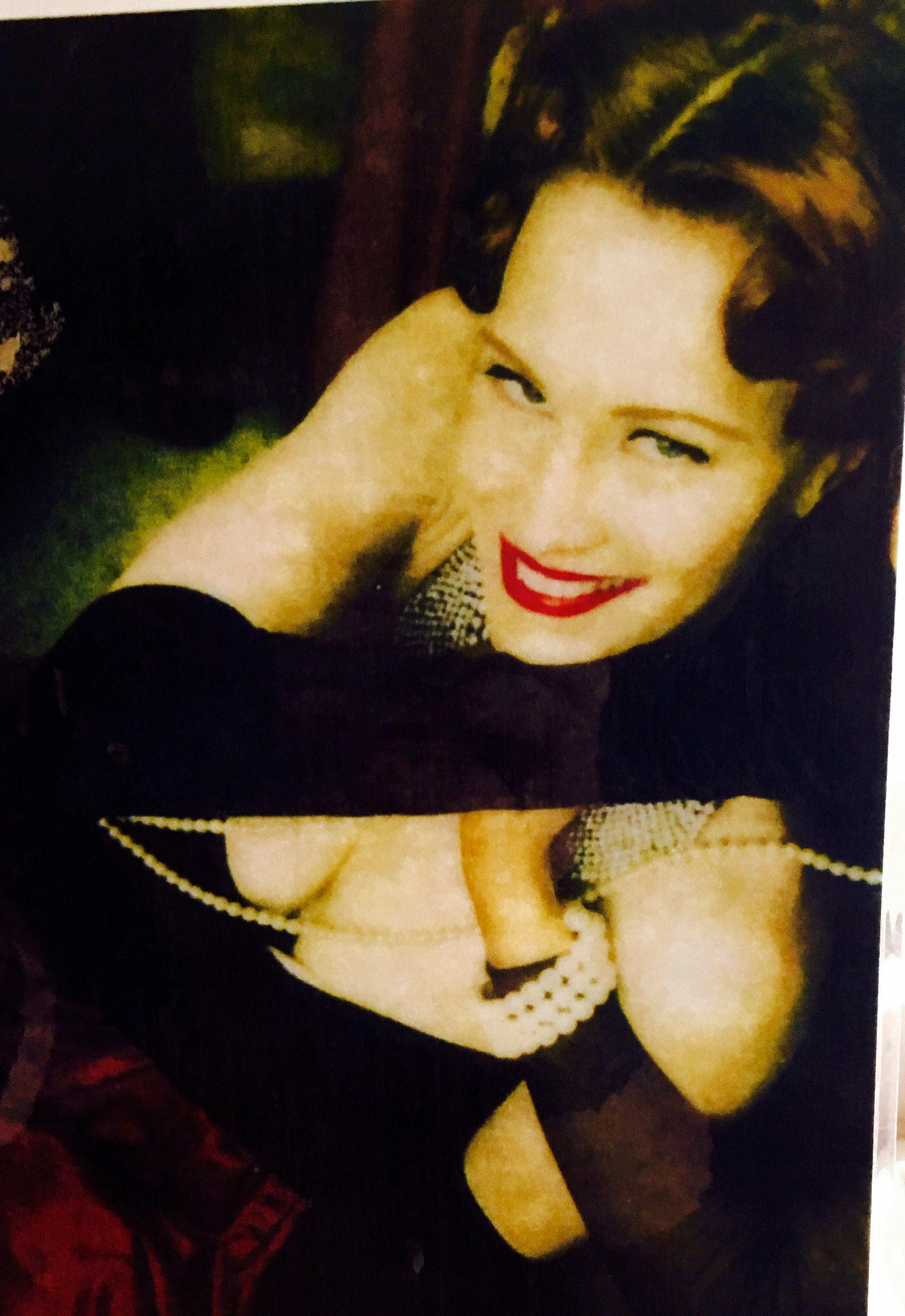 Frankie Thorn Nude Photos 44