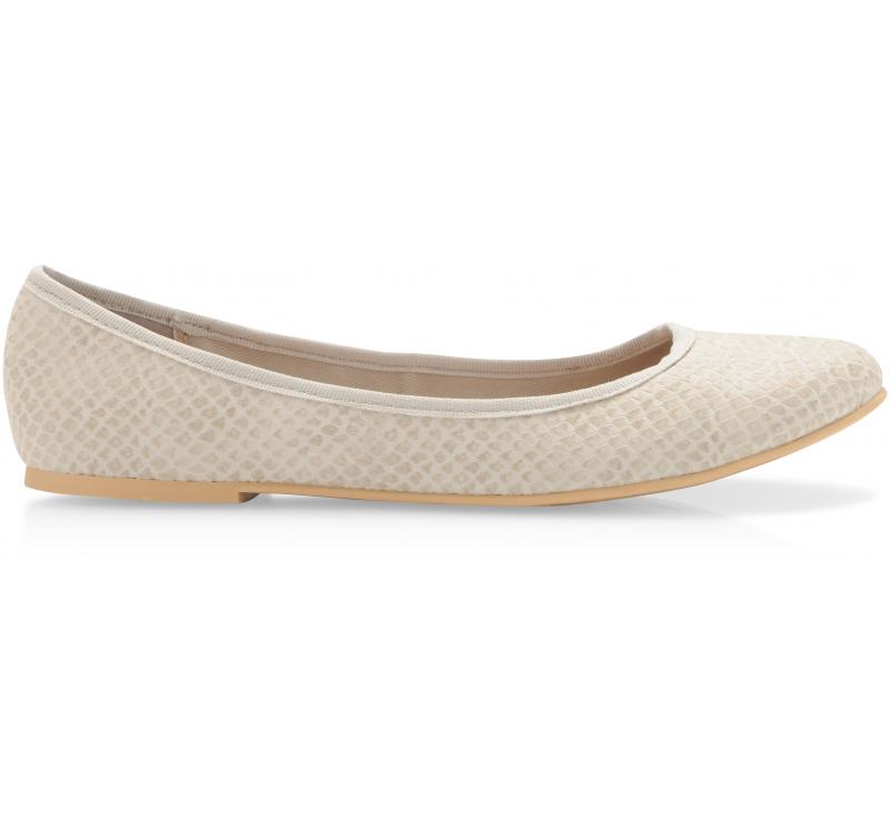 2065f120bfac Nelike Ballerina   shoes   Pinterest   Ballerina
