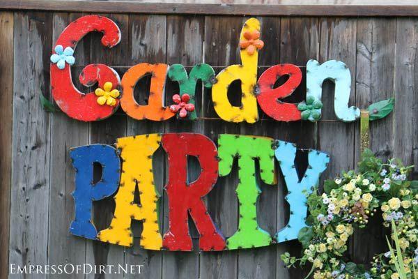 24 Creative Ideas for Garden Fence  Wall Decor Outdoor gardens