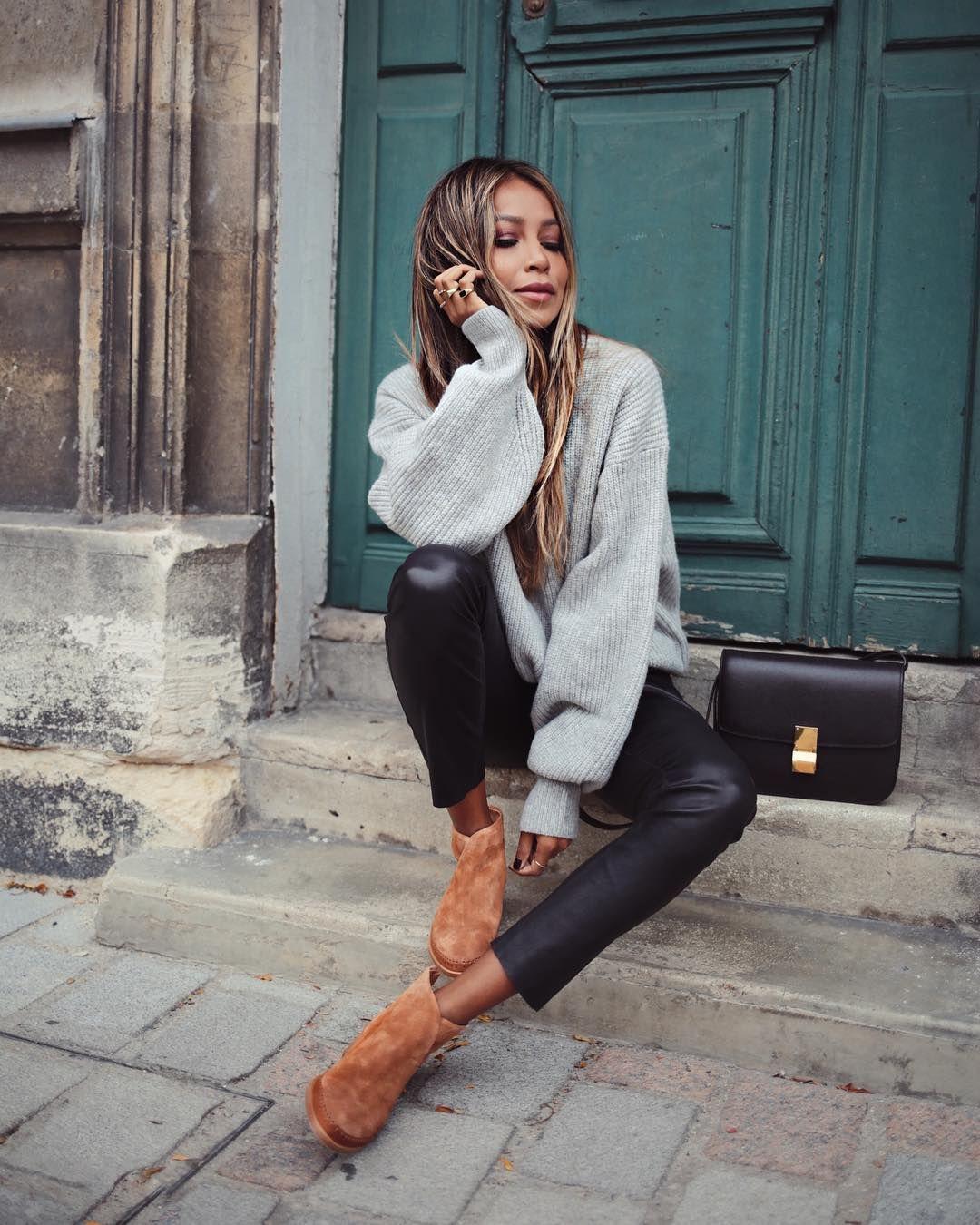 nackt Sarinana Julie First Look: