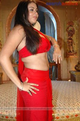 Sexy Namitha Kapoor Hot Cleavage In Jaganmohini Film