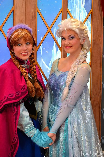 Anna and Elsa by disneylori on Flickr.