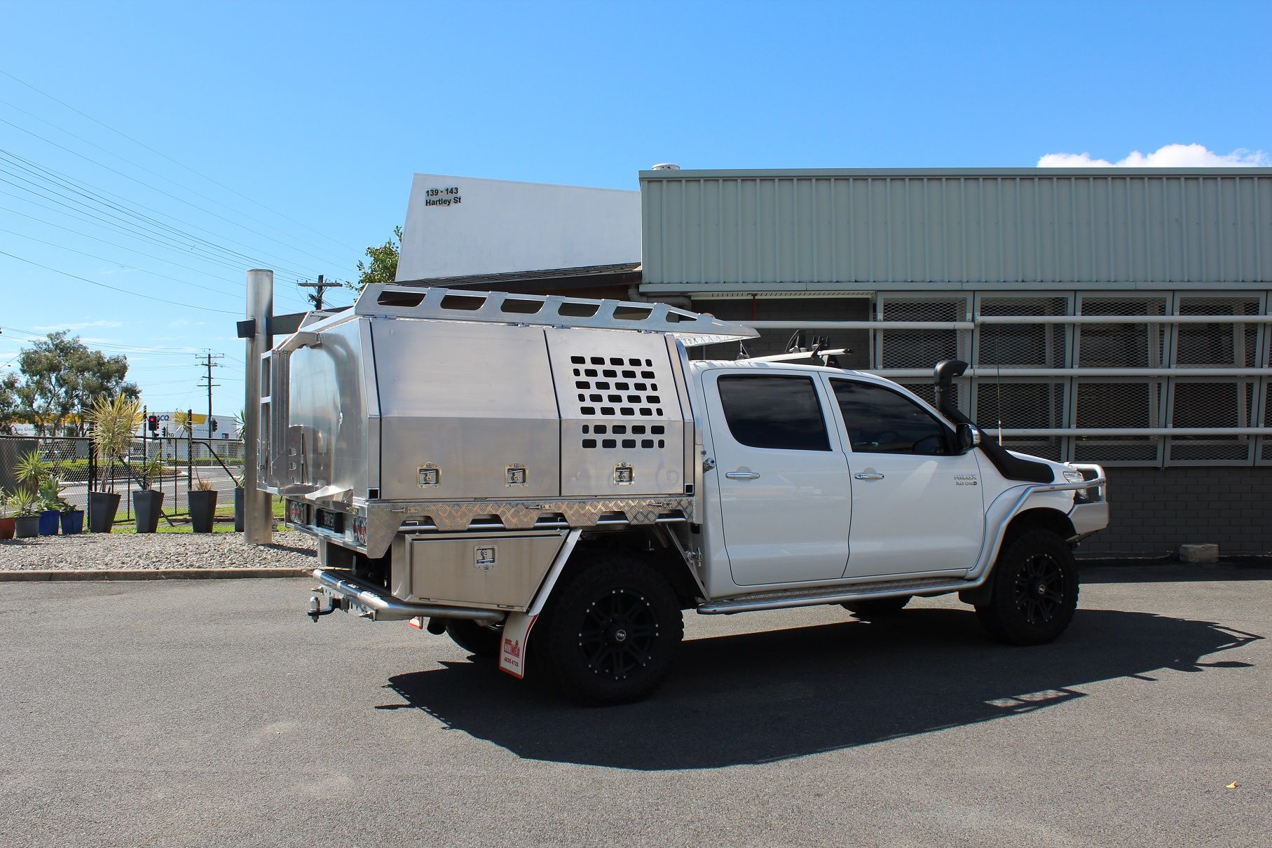 Toyota Hilux Aluminium Canopy & Toyota Hilux Aluminium Canopy | Slide on campers | Pinterest ...